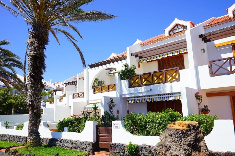 Bright sunny villa